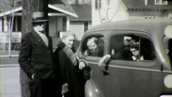 grandchildren-kids-waving-bye-goodbye-grandpa-and-grandma-1940s-vintage-film-home-movie-1628_hdbsgn68__F0007